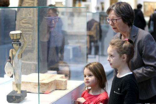 Lart detre grands-parents  Gunilla Lapointe - Musee du Louvre-Lens-jpg