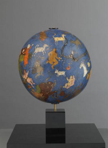 02-globe celeste-jpg