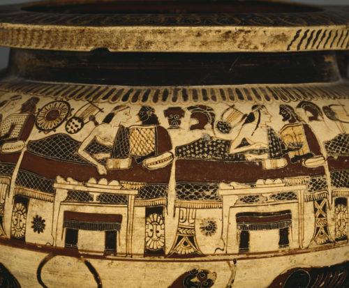 « Cratère à colonnettes » ; Peintre d'Athana ; Corinthe (origine), Vers 590-575 av J.-C. © RMN-Grand Palais (musée du Louvre) / Stéphane Maréchalle