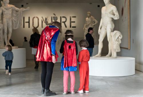 Découvrir en s'amusant l'exposition Homère grâce à un week-end super-héros en famille © Louvre-Lens / F. Iovino
