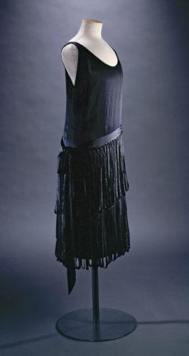 3Robe Neptune - LANVIN Jeanne-Marie  P- Joffre C- Pignol – Galliera – Roger Viollet-jpg