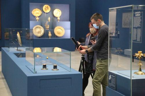 Visite guidée en direct à distance © Louvre-Lens / DR